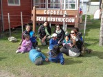 Académicas de la carrera de Educación Parvularia con los alumnos de la Escuela de Seno Obstrucción